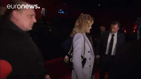 "News video: Wiener Opernball 2018: Melanie Griffith Gast von Richard ""Mörtel"" Lugner"