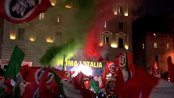 News video: Rechtspartei CasaPound vor dem Pantheon in Rom