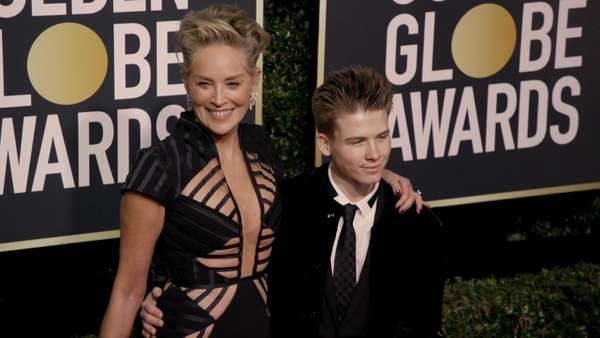 Video: Sex-Vorwürfe: Sharon Stone verteidigt James Franco