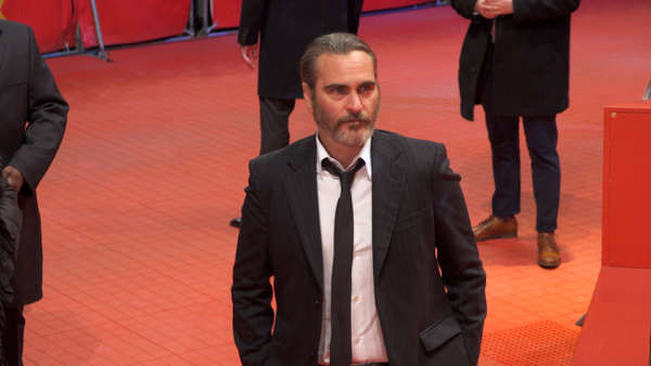 News video: Joaquin Phoenix spielt den Joker