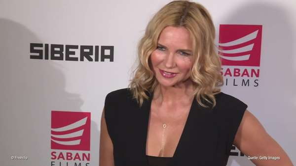News video: Veronica Ferres: - So arm war sie im Studium!