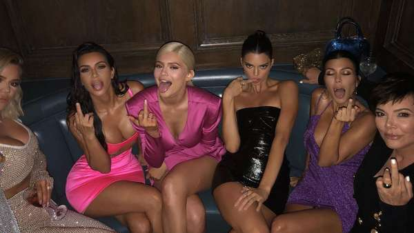 Video: Barbie-Party: So feiern die Kardashian-Jenners Kylies B-Day