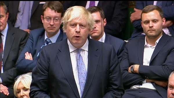 News video: Johnson attackiert Premierministerin May