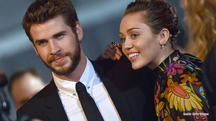 News video: Sängerin Miley Cyrus:  Sie hat Cybersex mit Liam Hemsworth!