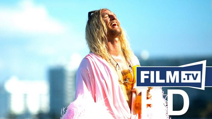 News video: Beach Bum Trailer Englisch English (2019)