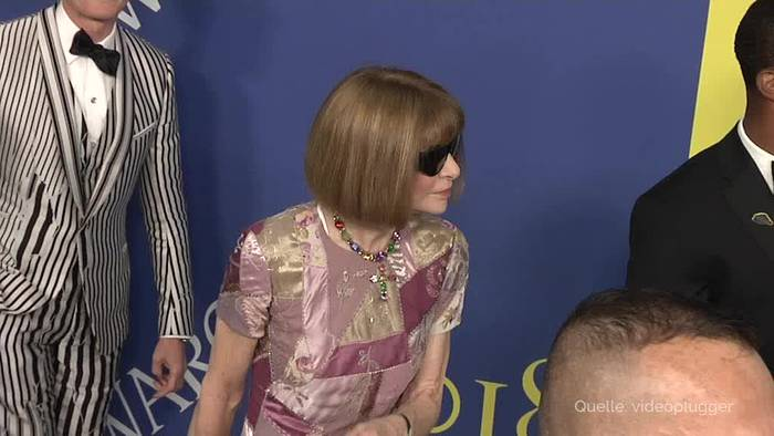 News video: «Vogue»-Chefin Anna Wintour bewundert Merkel für ihren Stil