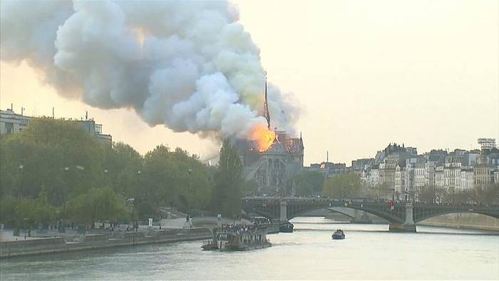 News video: Nach Feuersbrunst in Notre-Dame: Pariser unter Schock