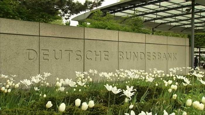 News video: Bundesbank kappt Wachstumsaussichten drastisch