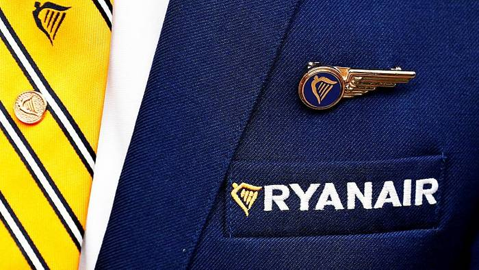 Video: Schlechter Start in den Sommer: Ryanair meldet Gewinneinbruch