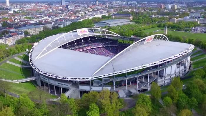 Video: Pilzbefall: RB Leipzig braucht neuen Rasen
