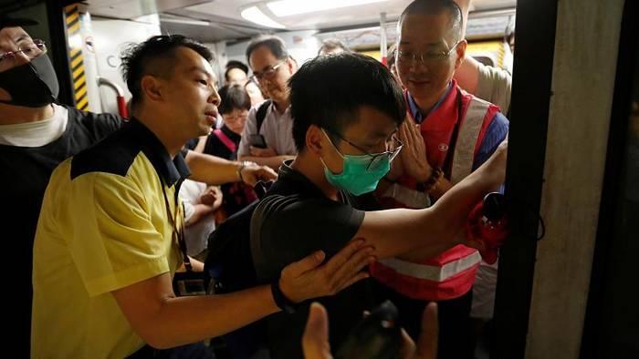 Video: Großer Streik in Hongkong - 24.000 Menschen wollen Arbeit niederlegen
