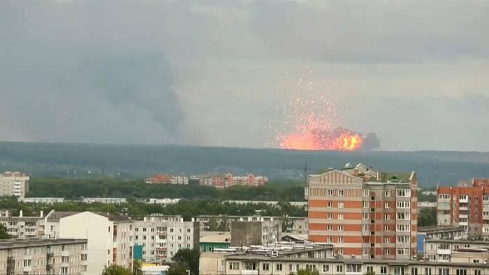 News video: Nach Explosionen in Munitionslager in Sibirien: Ausnahmezustand ausgerufen