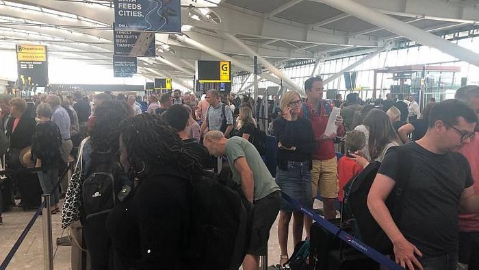 News video: IT-Problem bei British Airways: Flügausfälle und Verspätungen