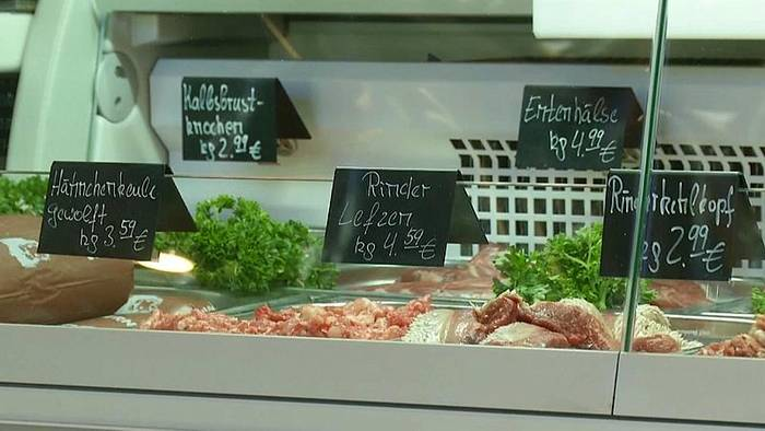 Video: Warum Fleisch und SUVs bald teurer werden könnten