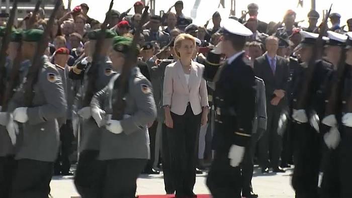 Video: 155 Millionen Euro für Berater und Co - Bundeswehr legt zahlen offen
