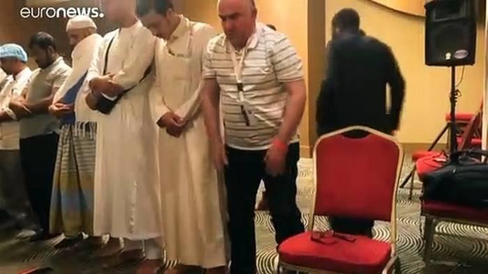 Video: Überlebende der Attentate von Christchurch suchen Trost in Mekka