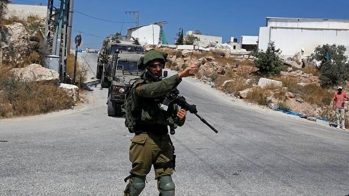 News video: Israelischer Soldat erstochen: Armee durchsucht palästinensisches Dorf