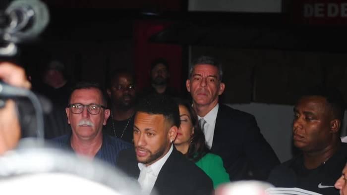 News video: Vergewaltigungsermittlung gegen Fußballer Neymar eingestellt