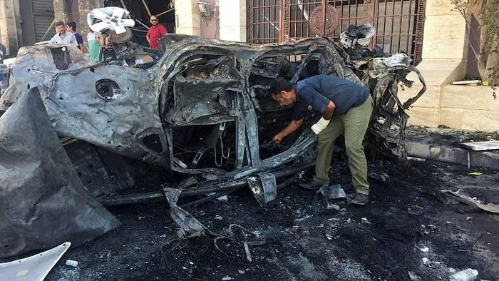 Video: Libyen: Autobombe tötet zwei UN-Mitarbeiter