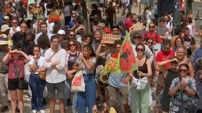 Video: Lissabon: Aktivisten demonstrieren gegen Konferenz rechter Gruppen