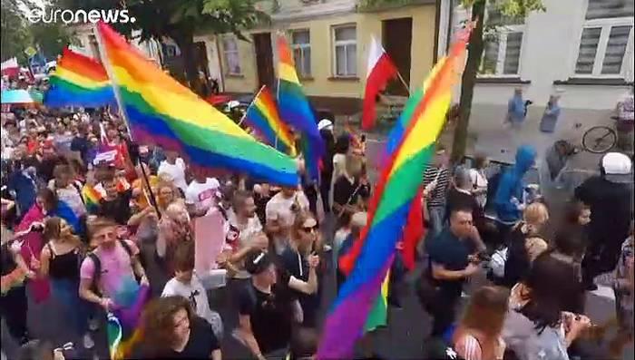 Video: Polen: LGBT-Demo verläuft ohne größere Zwischenfälle