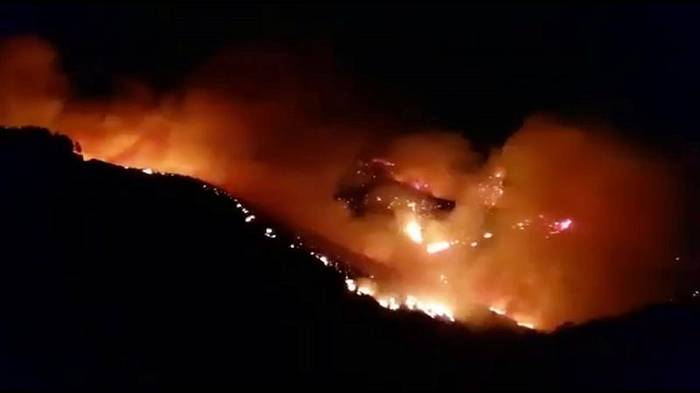 Video: Waldbrand auf Gran Canaria weiter nicht unter Kontrolle