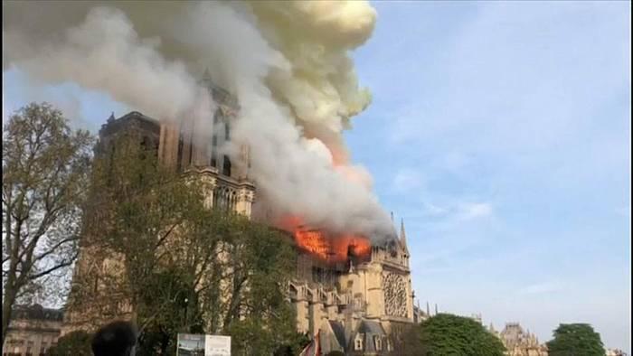 News video: Notre Dame: Blei-Reinigung hat begonnen