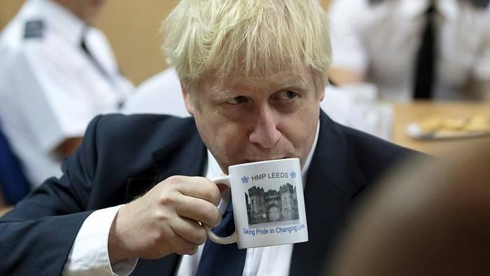 Video: Revolte in London: Umsturzplan gegen Boris Johnson