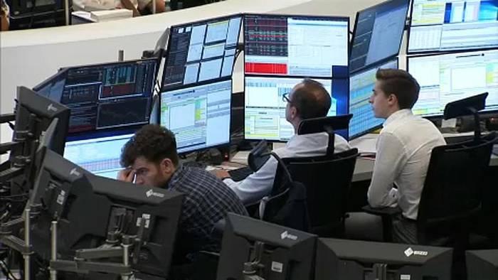 Video: Rezessions-Ängste drücken Börsen ins Minus
