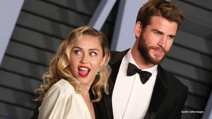 News video: Miley Cyrus & Liam Hemsworth: Jetzt packt ihr Freundeskreis aus!