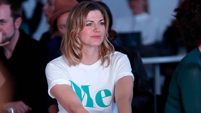 News video: Sie hat es schon wieder getan: Mit dieser Aktion spaltet Nina Bott die Gemüter