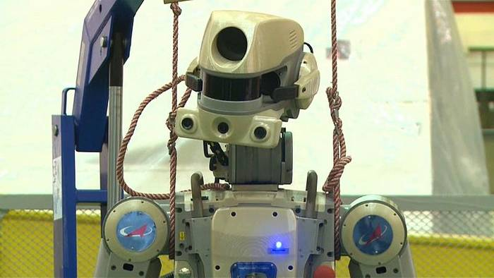 Video: Unbemannter Testflug zur ISS: Roboter anstatt Crew