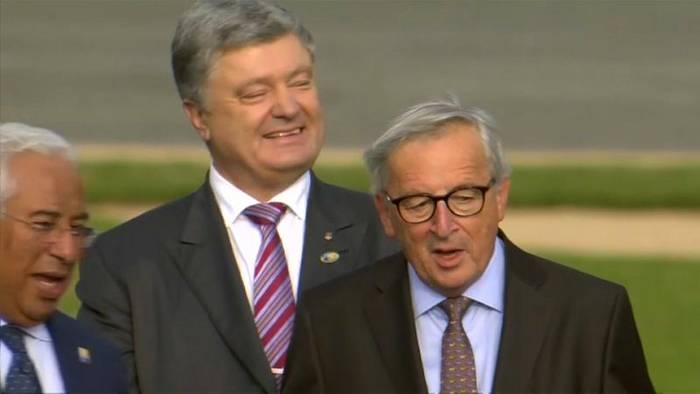 News video: Operation: Jean-Claude Juncker muss seinen Urlaub unterbrechen