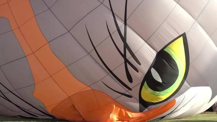 News video: Rund 80 Heißluftballons heben bei «Mosel Ballon Fiesta» ab