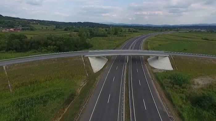 News video: Erste von Chinesen gebaute Autobahn in Serbien eröffnet