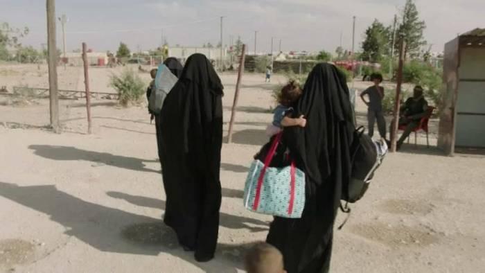 Video: Deutschland holt 4 Kinder von IS-Anhängern heim - mehr sollen folgen