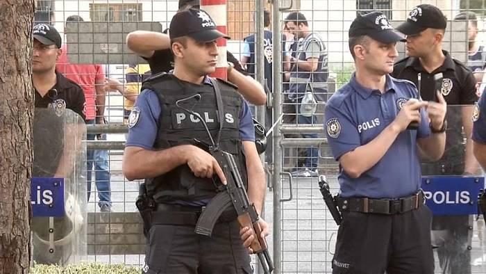 News video: Türkische Regierung setzt drei prokurdische Bürgermeister ab