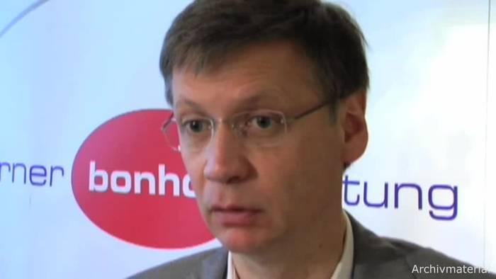 Video: Günther Jauch ist Deutschlands beliebtester Quizmoderator