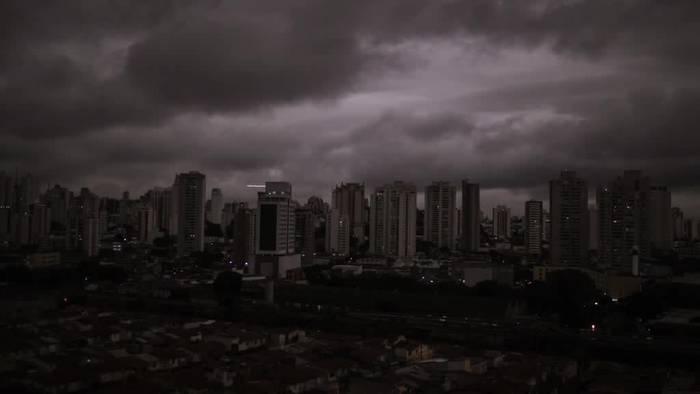 Video: Verheerende Brände toben im brasilianischen Amazonasgebiet