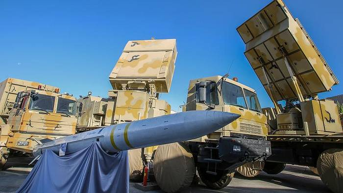 Video: Teheran stellt Raketenabwehrsystem vor