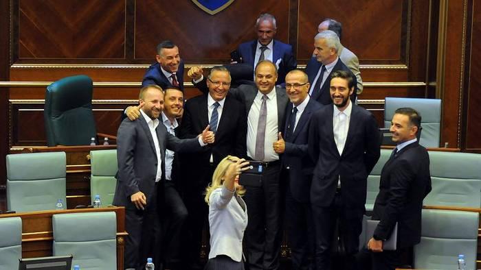 News video: Neuwahlen wohl am 6.10 - Was ist wichtig für Kosovo?