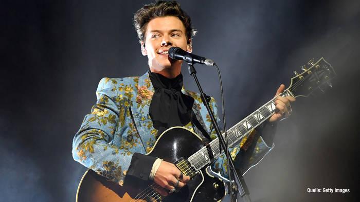 News video: Harry Styles unter Drogen: Er biss sich die Zungenspitze ab