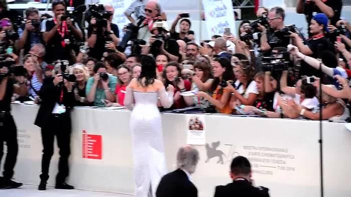 News video: Mit Deneuve und Binoche - Filmfest Venedig gestartet