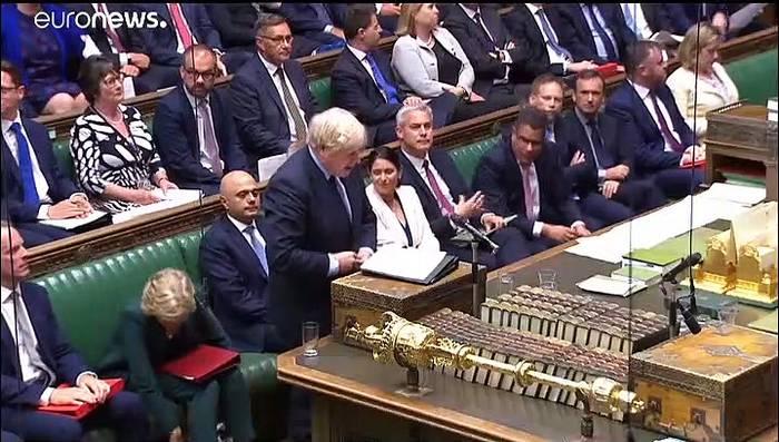 Video: Erste Sitzung nach der Sommerpause: Hitzige Brexit-Debatte