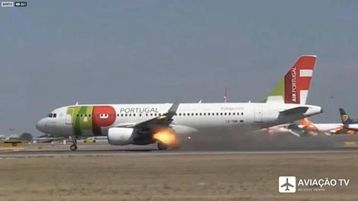 News video: Triebwerksbrand: A320 muss Start abbrechen