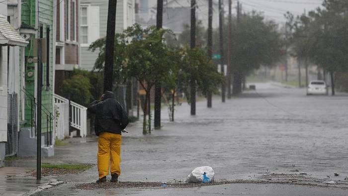 News video: Hurrikan Dorian unterwegs nach Norden