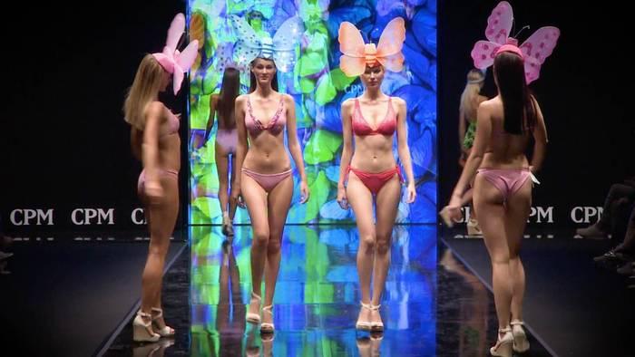 Video: Modemetropole Moskau - Hier werden die neuesten Trends und Models für 2020 vorgestellt