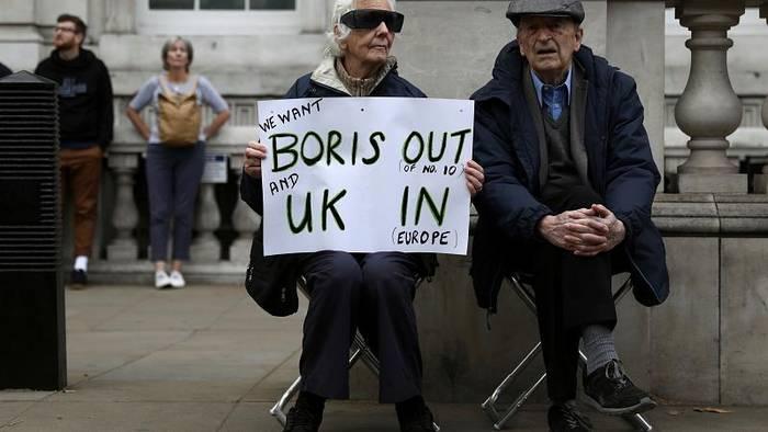 News video: Zerfällt das Kabinett des britischen Premierministers Boris Johnson?