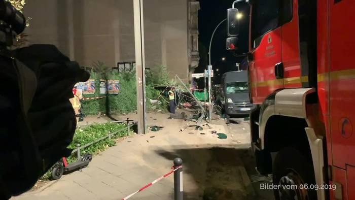 News video: Ermittlungen nach schwerem SUV-Unfall gehen weiter