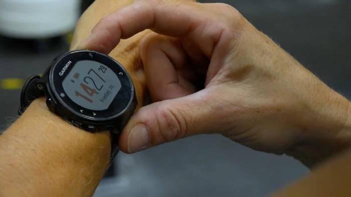 Video: Fehlalarm: Wenn Fitnessapps Gesunde zum Arzt treiben